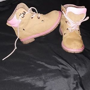 Girls Pink and tan boots